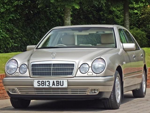 used Mercedes E240 ELEGANCE in dorset