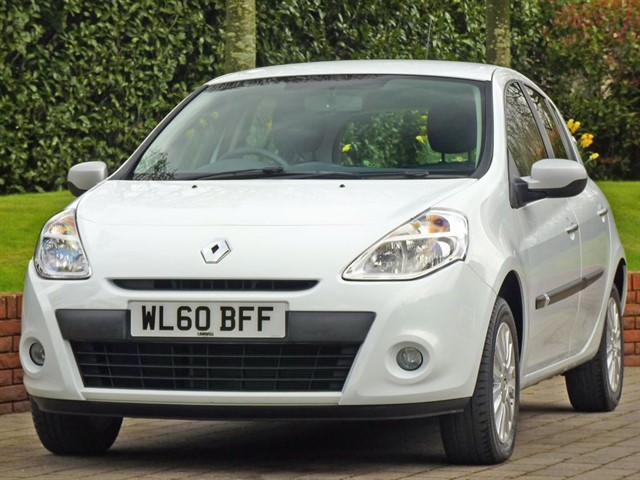 used Renault Clio I-MUSIC 16V in dorset