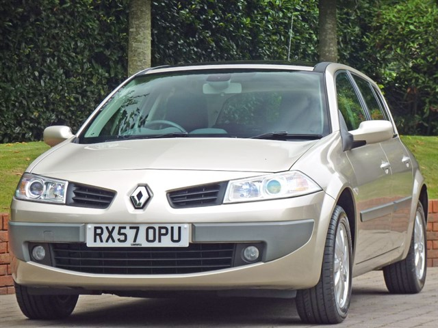 used Renault Megane 1.6 DYNAMIQUE AUTOMATIC in dorset