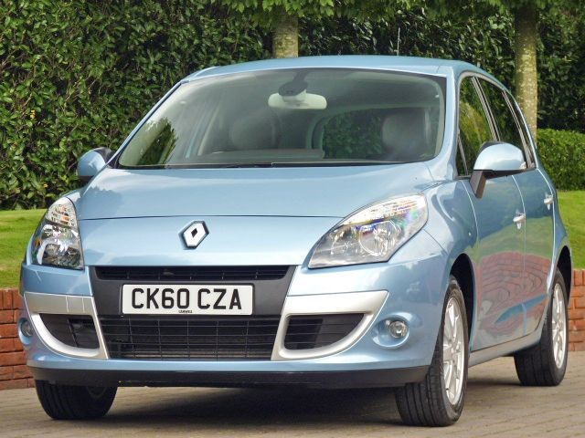 used Renault Scenic PRIVILEGE TOMTOM DCI FAP in dorset
