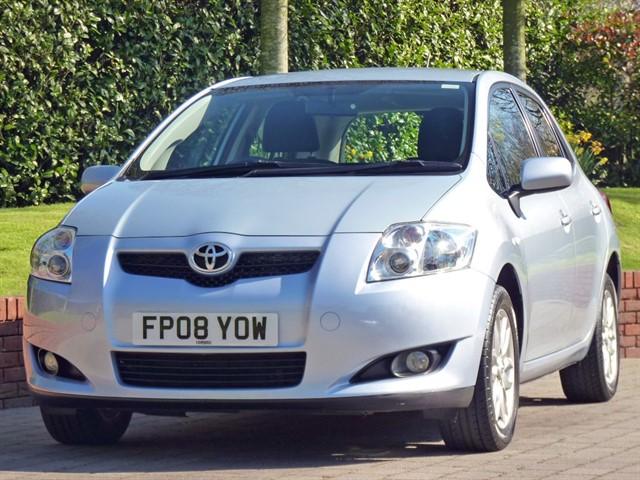used Toyota Auris T3 VVT-I in dorset