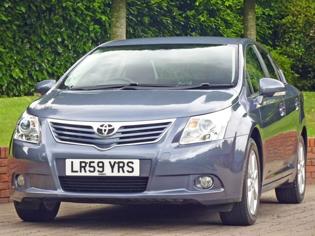 used Toyota Avensis 1.8 TR  in dorset