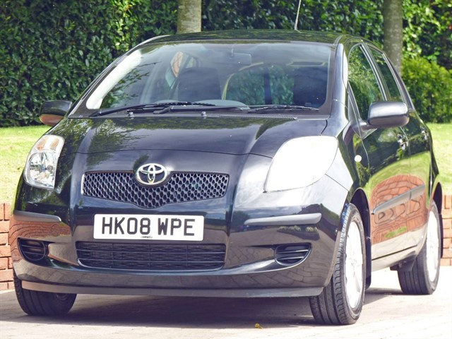 used Toyota Yaris 1.3 TR AUTOMATIC in dorset