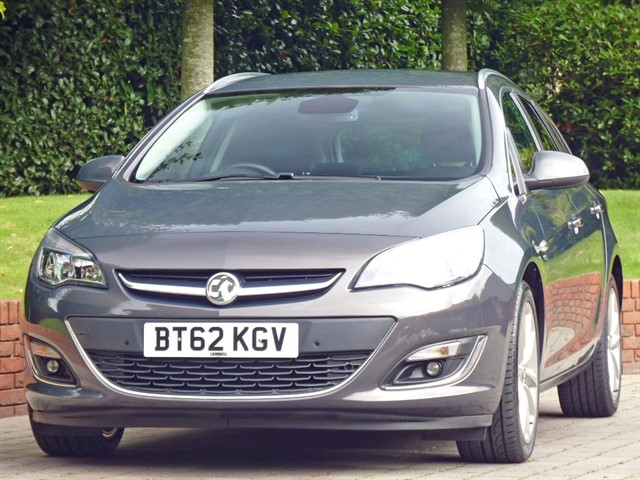 used Vauxhall Astra 2.0 CDTI SE  in dorset