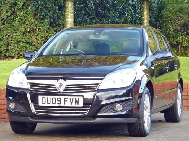 used Vauxhall Astra ELITE 16V  in dorset