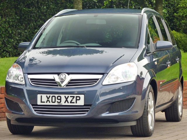 used Vauxhall Zafira ACTIVE in dorset