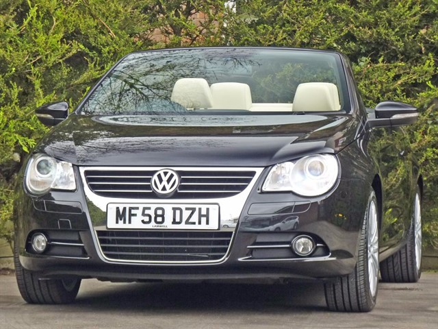 used VW Eos 2.0 TDI SPORT DSG COUPE CONVERTIBLE in dorset