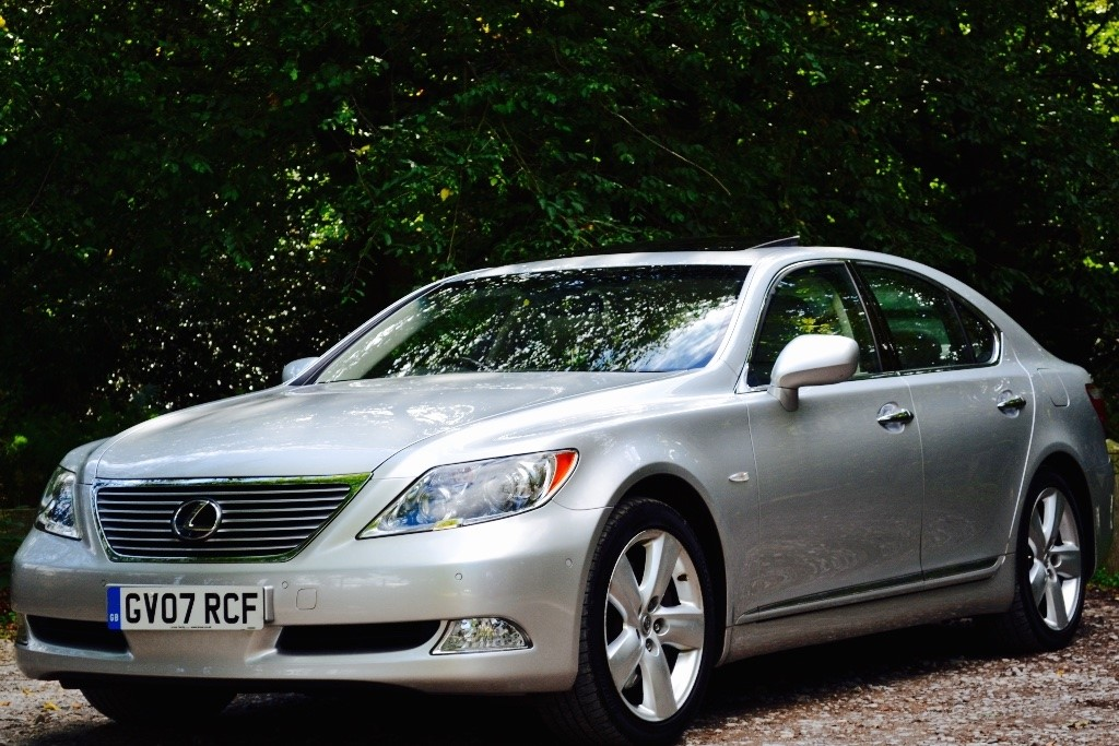 used silver lexus ls 460 for sale buckinghamshire. Black Bedroom Furniture Sets. Home Design Ideas