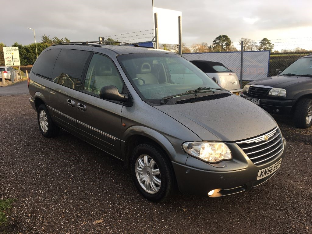 used grey chrysler grand voyager for sale devon. Black Bedroom Furniture Sets. Home Design Ideas
