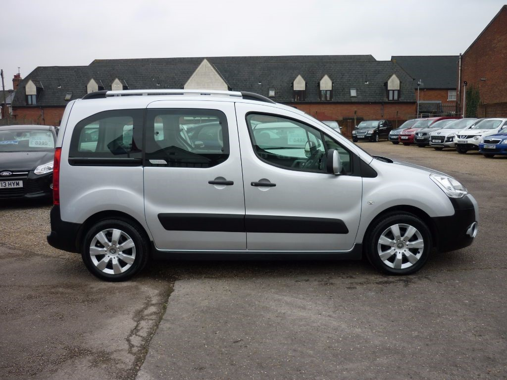 used citroen berlingo multispace for sale colchester essex. Black Bedroom Furniture Sets. Home Design Ideas