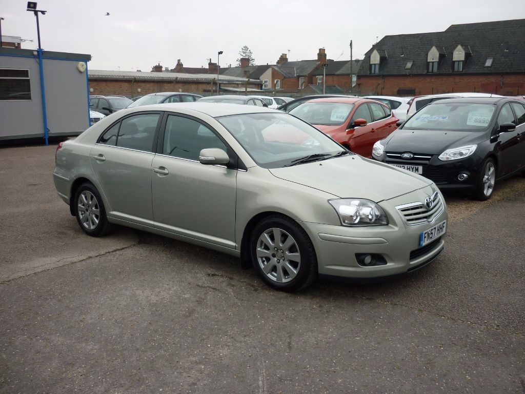 used toyota avensis for sale colchester essex. Black Bedroom Furniture Sets. Home Design Ideas