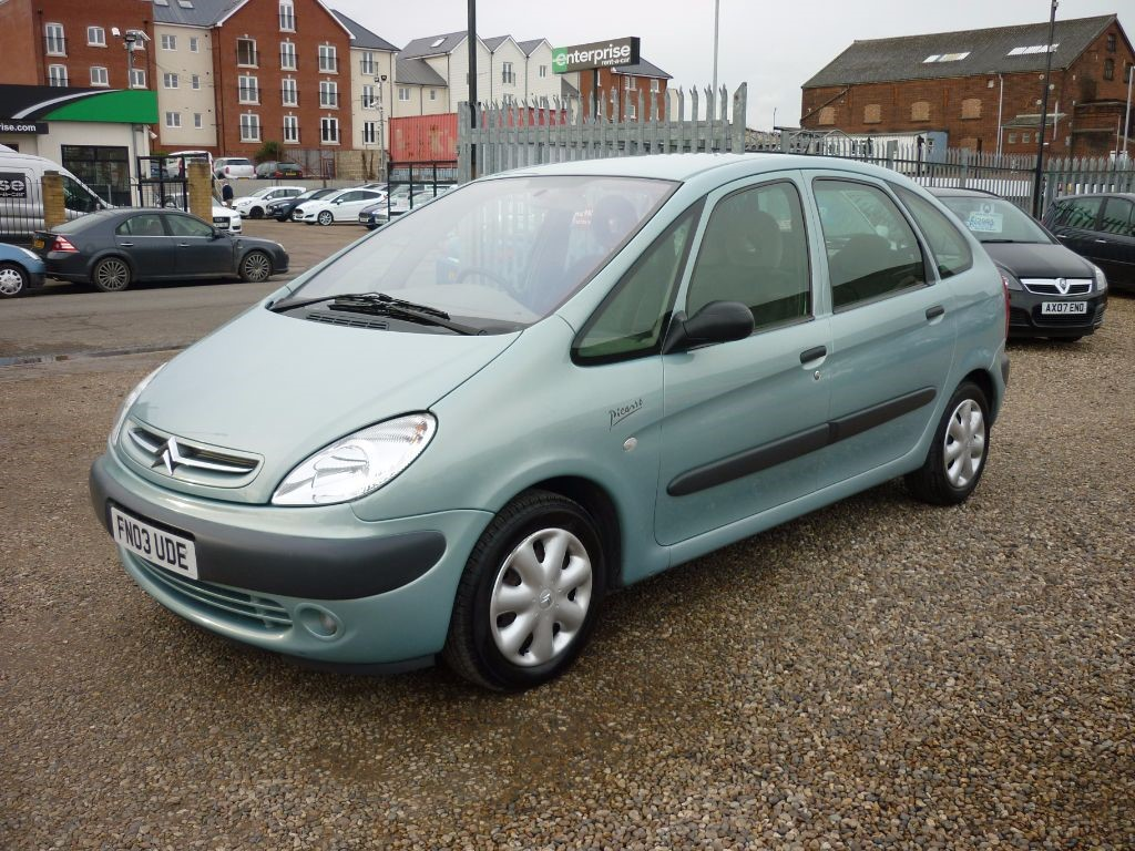 used citroen xsara picasso for sale colchester essex. Black Bedroom Furniture Sets. Home Design Ideas