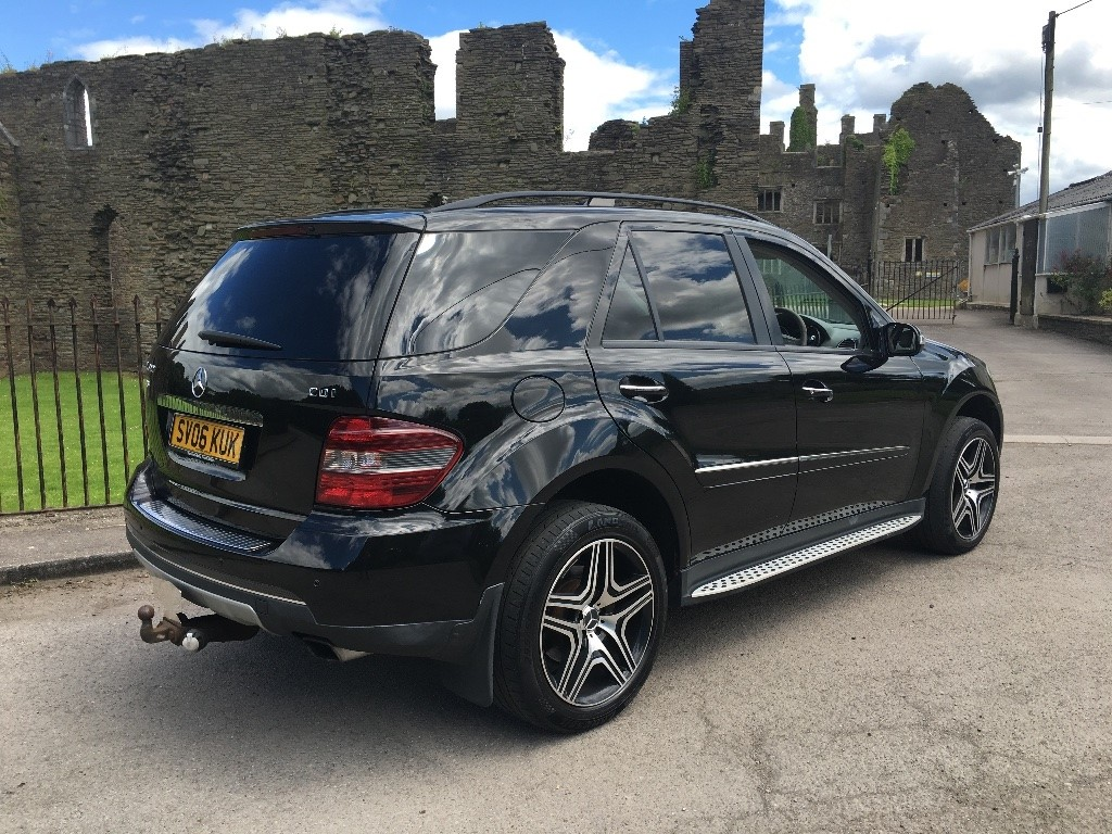 Used black mercedes ml320 for sale swansea for Used mercedes benz ml320