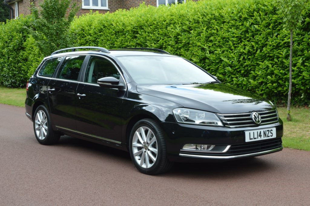 used VW Passat EXECUTIVE TDI BLUEMOTION TECHNOLOGY in hersham-surrey