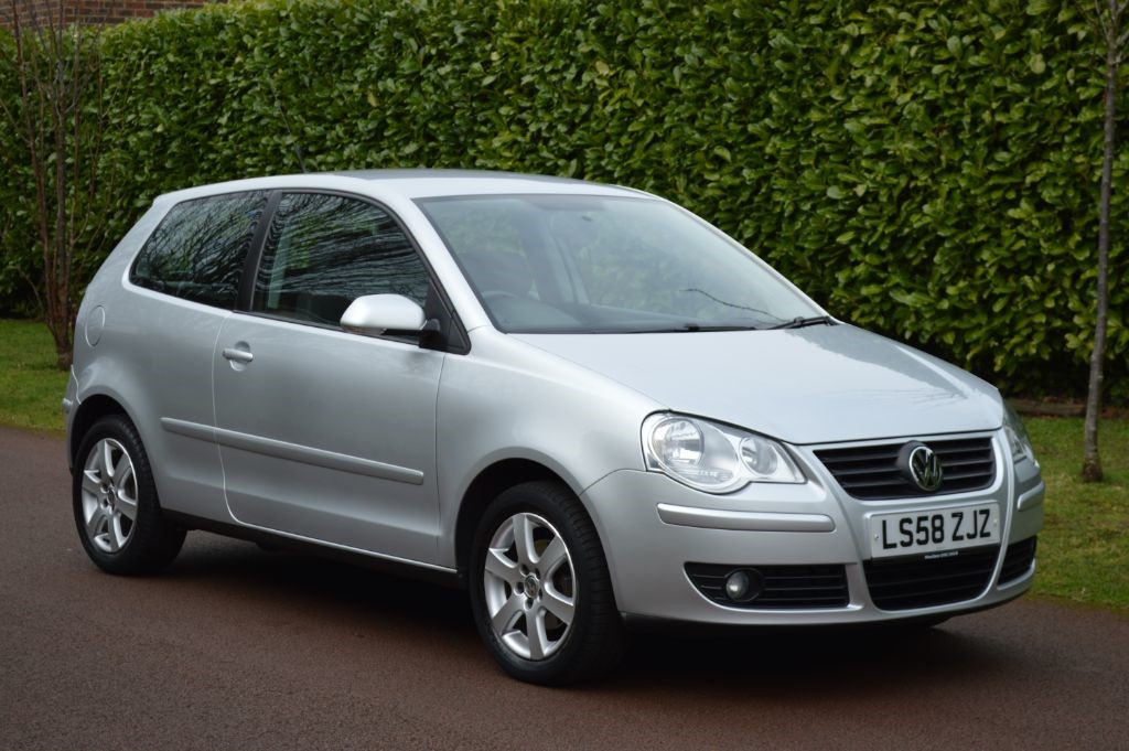 used VW Polo MATCH in hersham-surrey