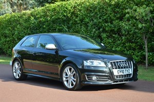 used Audi S3 2.0 T FSI QUATTRO STronic in hersham-surrey