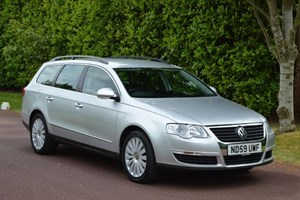 used VW Passat HIGHLINE TDI in hersham-surrey