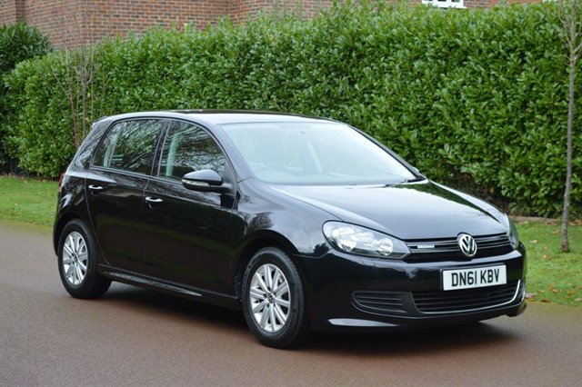 used VW Golf S TDI BLUEMOTION in hersham-surrey