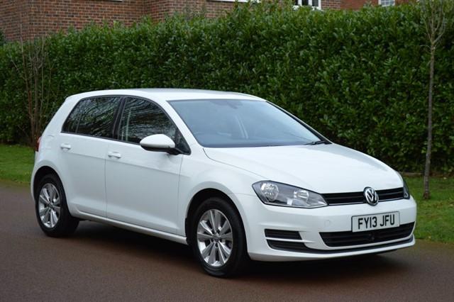 used VW Golf SE TDI BLUEMOTION TECHNOLOGY DSG in hersham-surrey