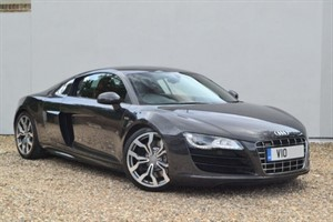 used Audi R8 V10 FSI quattro 520 R-Tronic. Rear camera, extended leather