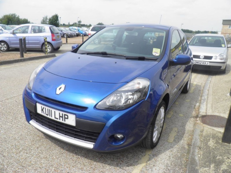 This Renault Clio Dynamique and many others of its kind are now available at LG Car Sales in Cambridgeshire