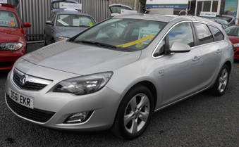 Drive away with this used Vauxhall Astra from our West Midlands showroom