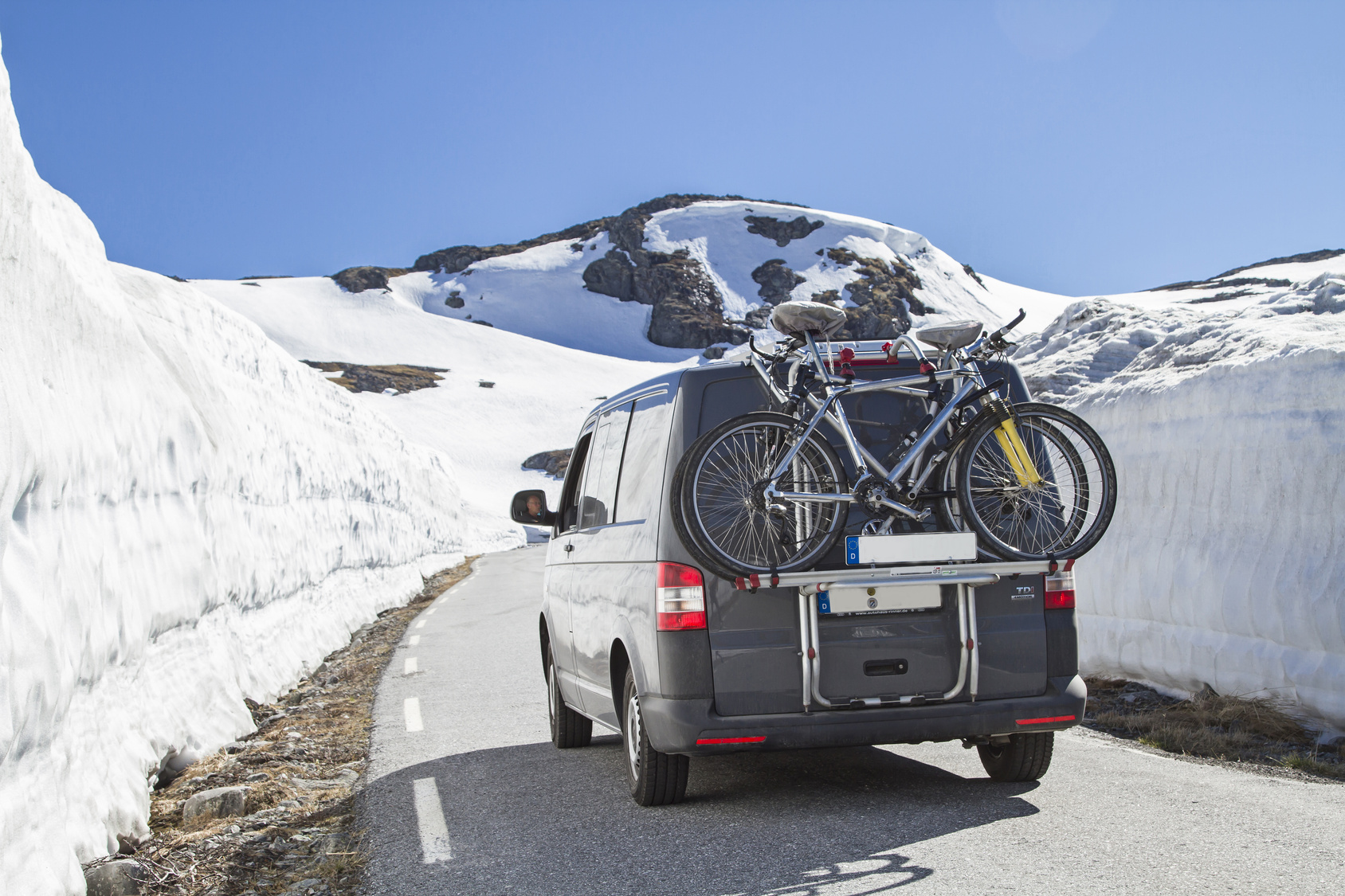 VW Transporter in the alps