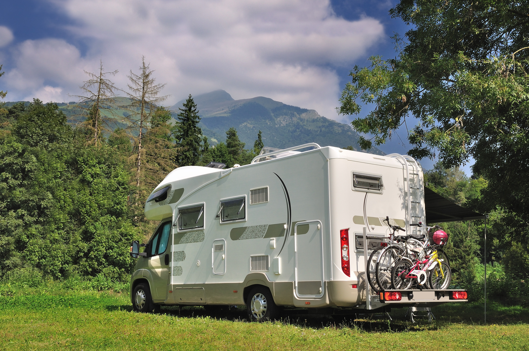 Motorhome near the mountains