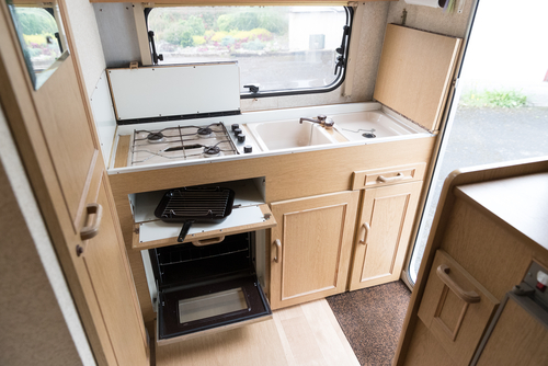 caravan-kitchen