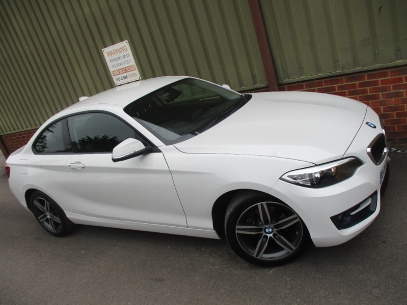 used BMW 218i 1.5 SPORT Coupe in wokingham-berkshire