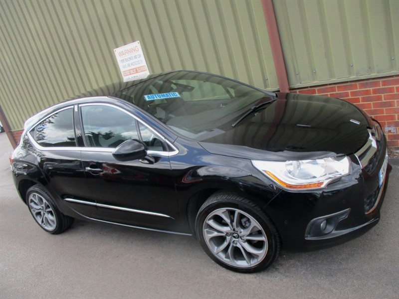 used Citroen DS4 E-HDI DSTYLE AIRDREAM in wokingham-berkshire