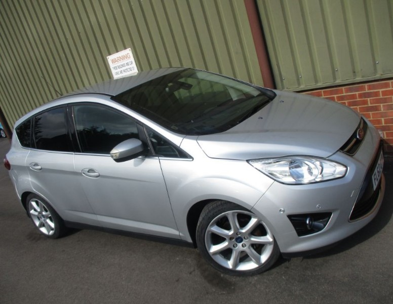 used Ford C-Max 1.6 TITANIUM in wokingham-berkshire