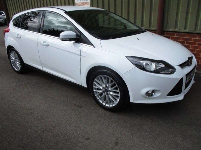used Ford Focus ZETEC in wokingham-berkshire