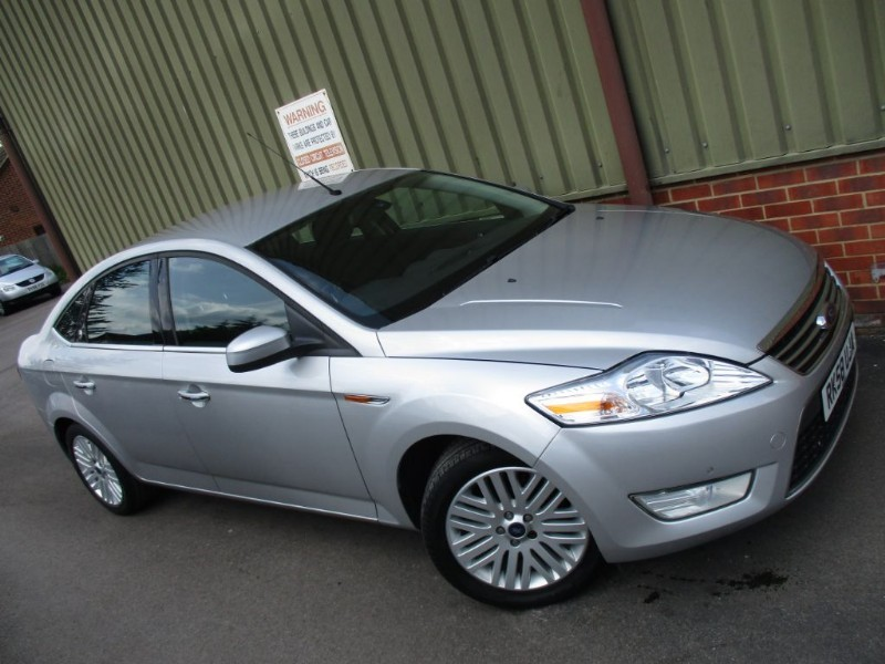 used Ford Mondeo GHIA 145 in wokingham-berkshire