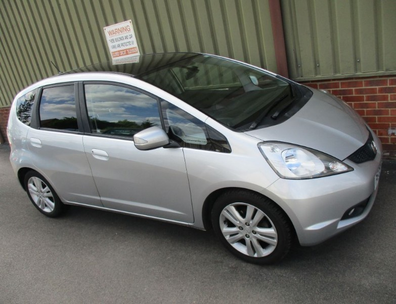 used Honda Jazz I-VTEC EX I-SHIFT PanoRoof in wokingham-berkshire
