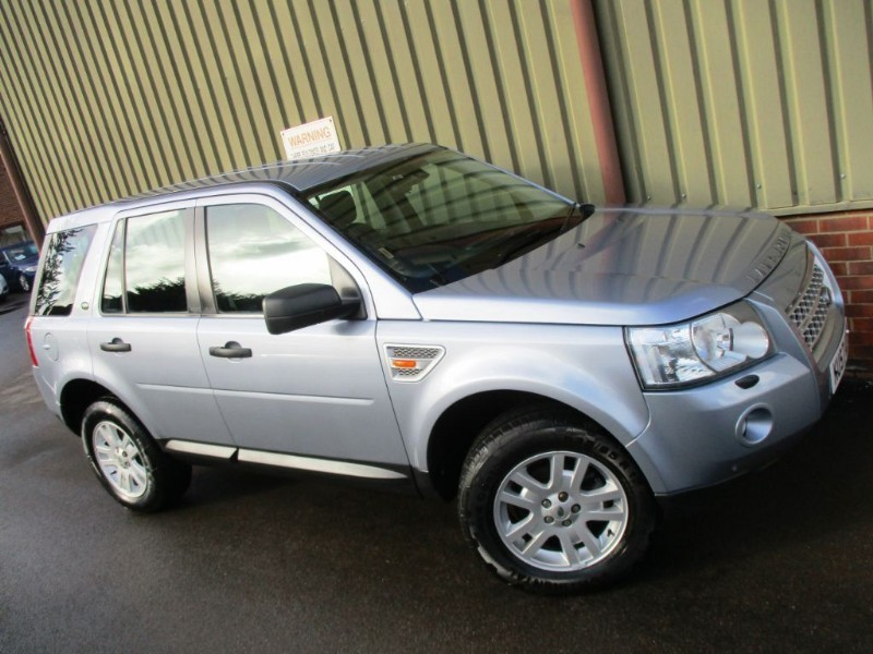 used Land Rover Freelander 2 TD4 XS in wokingham-berkshire