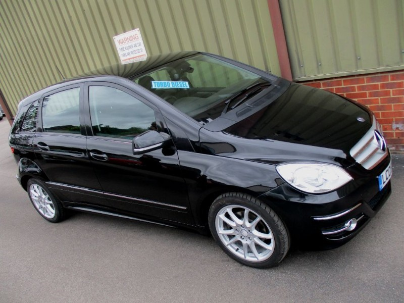 used Mercedes B200 CDI SPORT in wokingham-berkshire