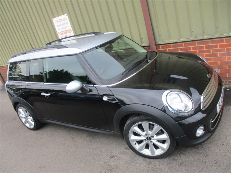 used MINI Clubman COOPER D CLUBMAN Chili Pack in wokingham-berkshire
