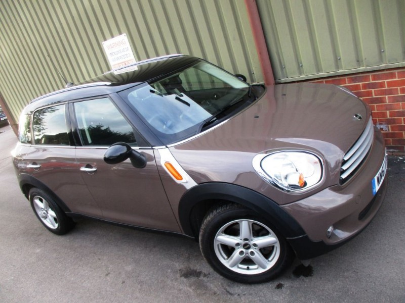 used MINI Countryman COOPER D in wokingham-berkshire