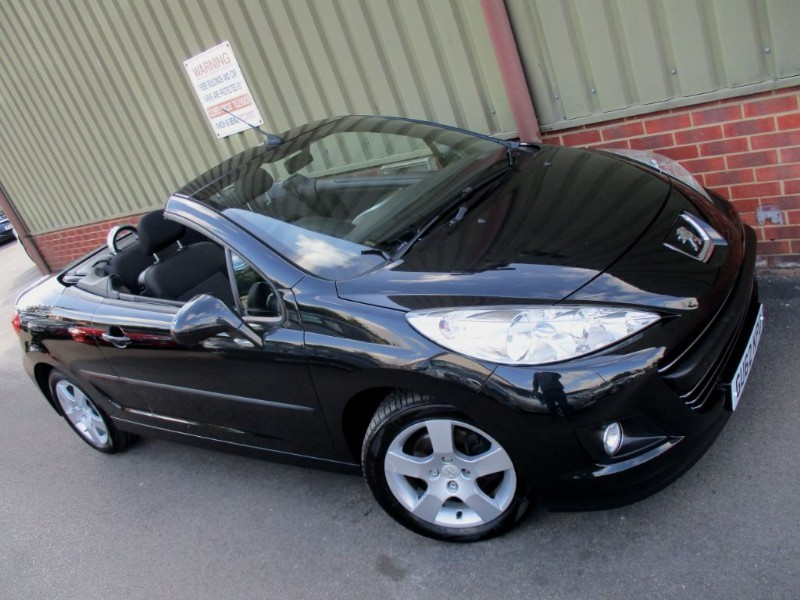 used Peugeot 207 CC ACTIVE BlueTooth in wokingham-berkshire