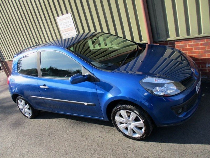 used Renault Clio DYNAMIQUE S in wokingham-berkshire