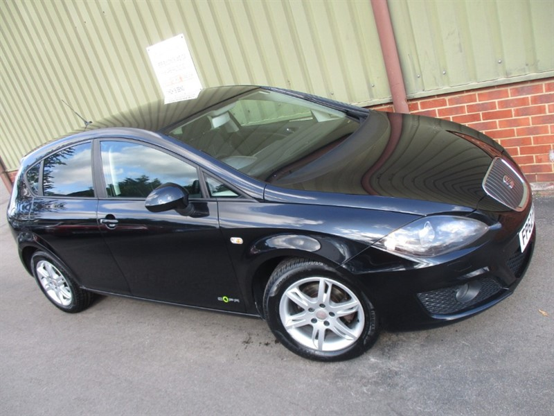 used SEAT Leon TDI CR ECOMOTIVE SE COPA in wokingham-berkshire