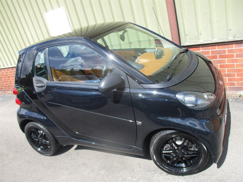 used Smart Car Fortwo Coupe PASSION MHD BoxFresh Ltd Edition in wokingham-berkshire