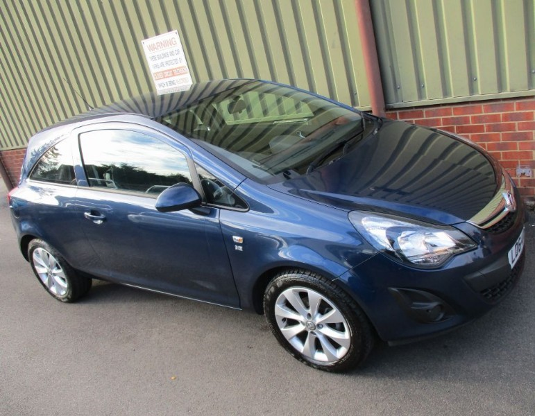 used Vauxhall Corsa EXCITE AC & BlueTooth in wokingham-berkshire