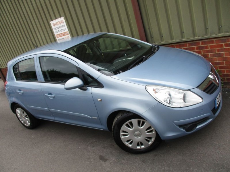 used Vauxhall Corsa CLUB A/C 16V in wokingham-berkshire