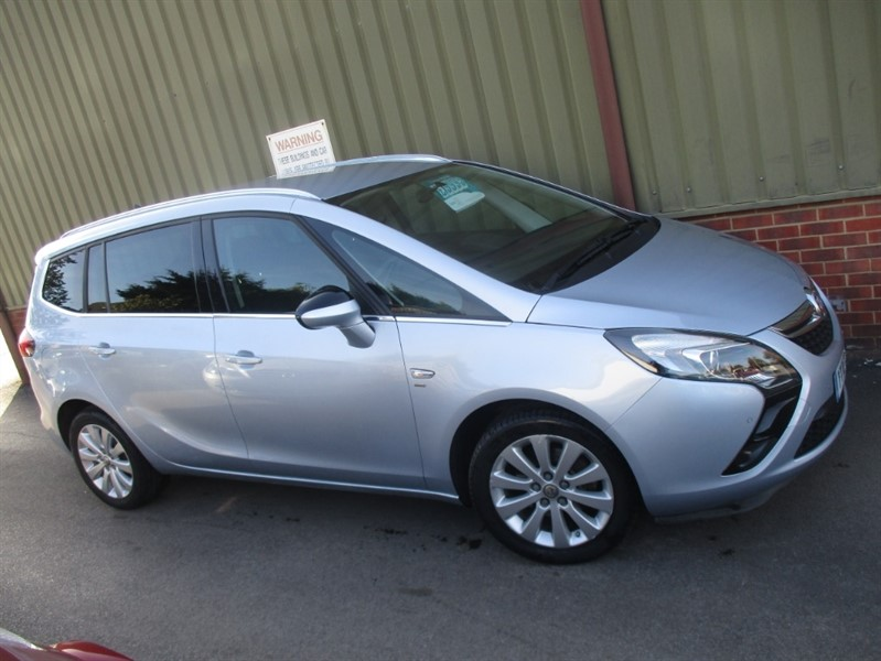 used Vauxhall Zafira Tourer Automatic Energy in wokingham-berkshire