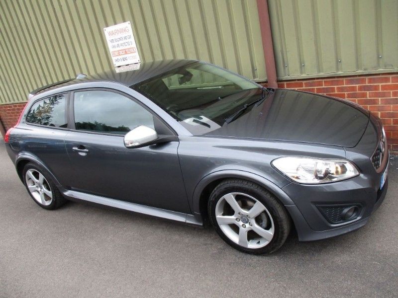 used Volvo C30 R-DESIGN in wokingham-berkshire