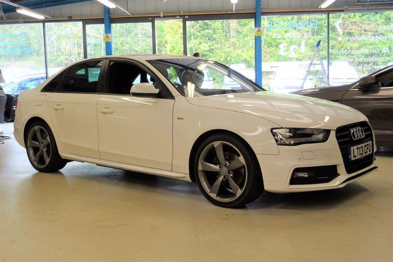 "used Audi A4 TDI S LINE BLACK EDITION [1 OWNER/ NAV / LEATHER / 19""s] in basingstoke-hampshire"