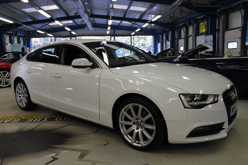 used Audi A5 SPORTBACK TDI SE TECHNIK [SAT NAV / LEATHER / 1 OWNER] in basingstoke-hampshire
