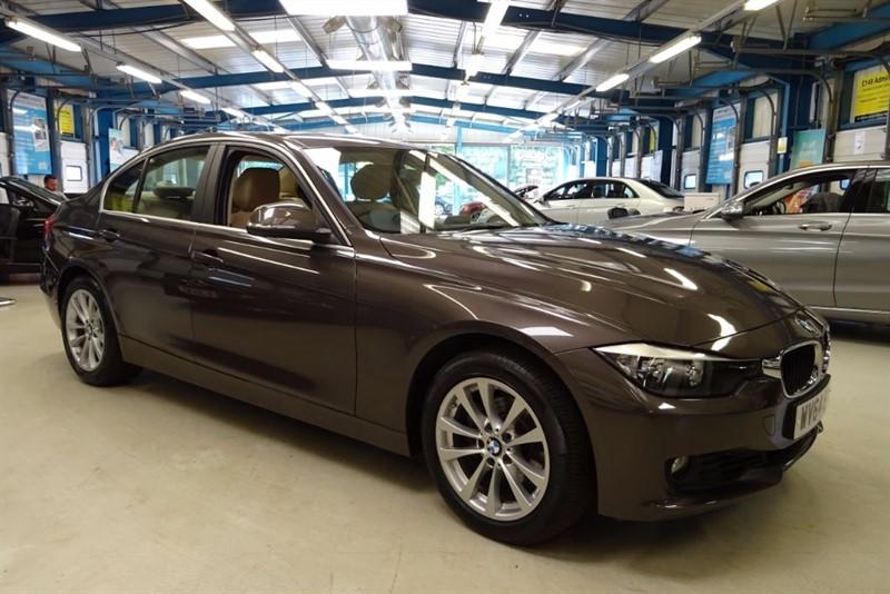 used BMW 320i XDRIVE SE [NAV / CREAM LEATHER / HUD] in basingstoke-hampshire